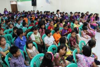 25-May-2014-Kunjungan-ASM-ke-HKBP-Cisauk016